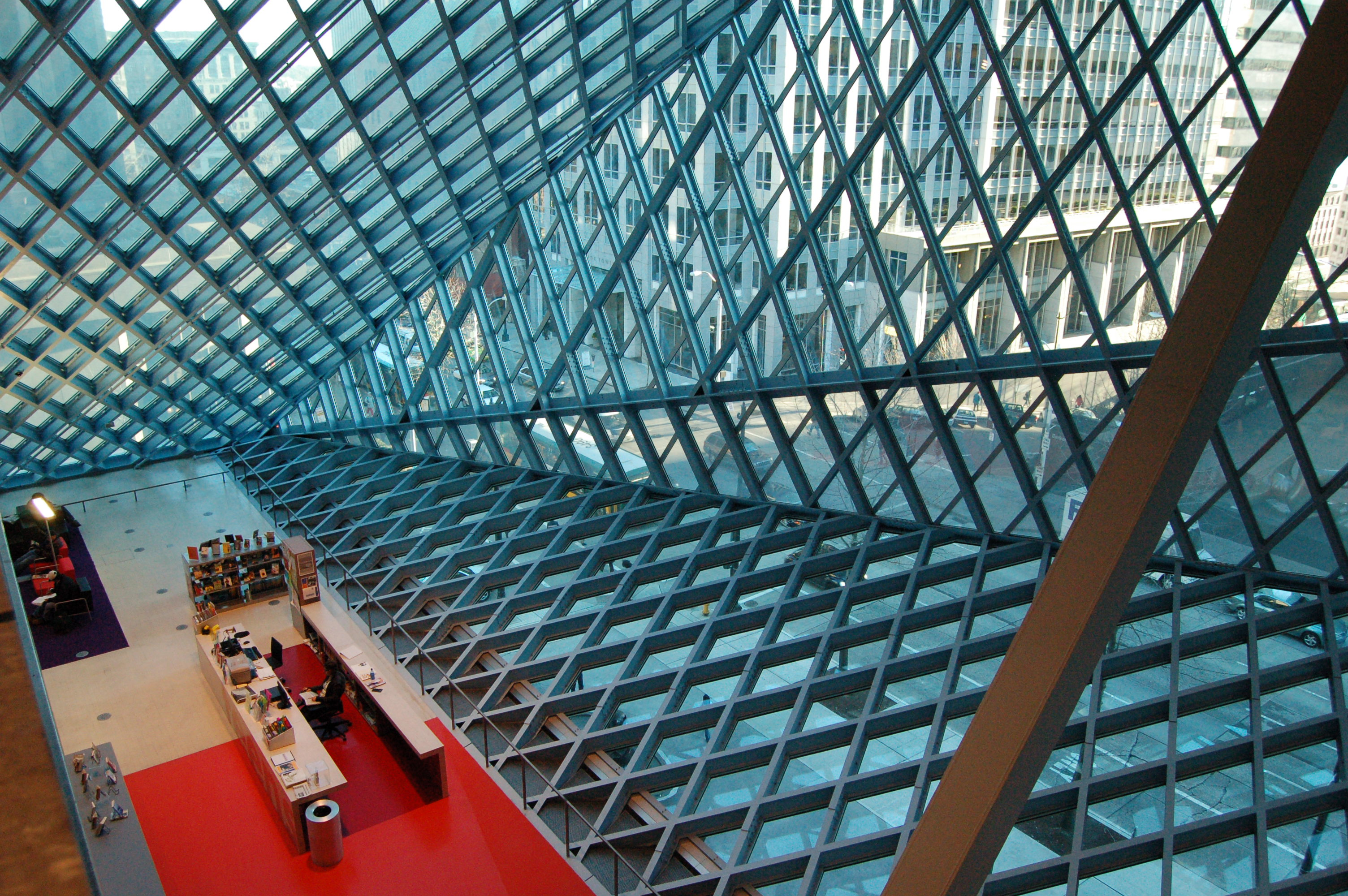 Seattle Public Library Interior - Photo Gallery: www.majordojo.com/photos/2006/02/seattle-public-library-interio.php